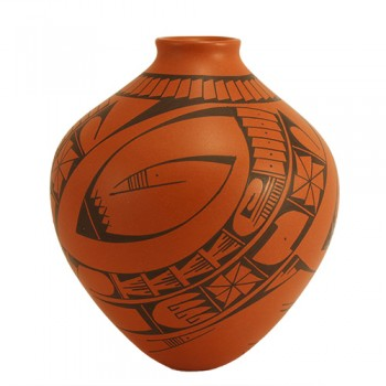 Mata Ortiz Pot with red clay body and black slip